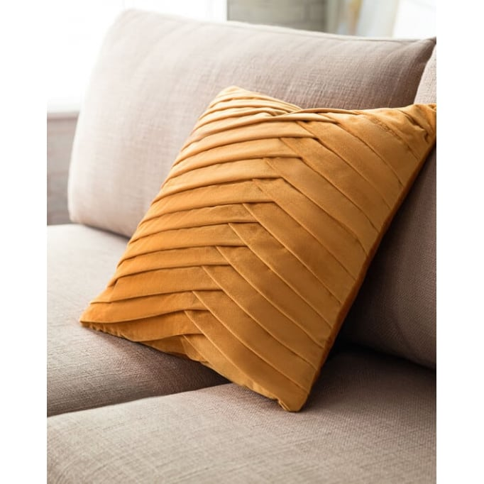 Διακοσμητικό μαξιλάρι Milena ώχρα Gofis 43Χ43εκ